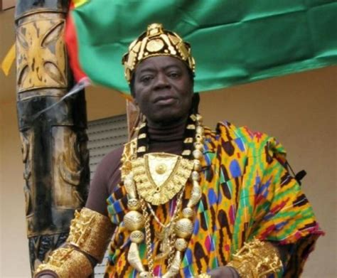 African King Reigns Via Skype From Germany - Neatorama