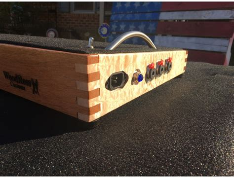 WoodRoss Custom Pedal Board Reviews & Prices | Equipboard®