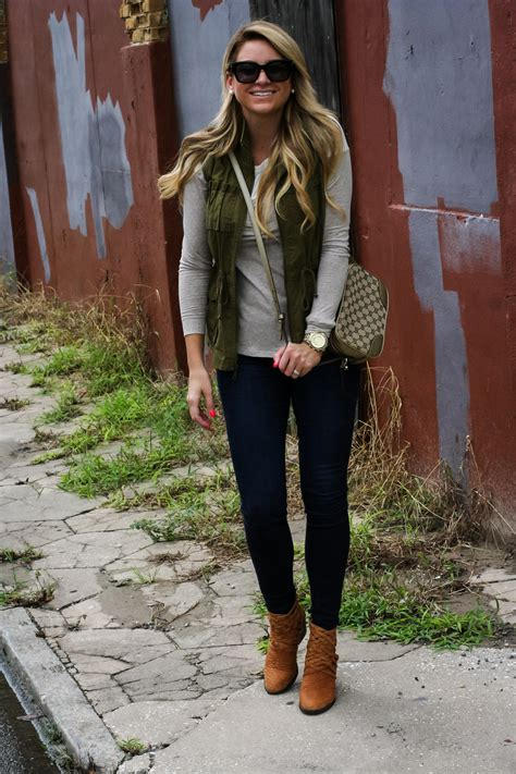 Outfit | Fall Tunic Cargo Vest - SHOP DANDY | A florida