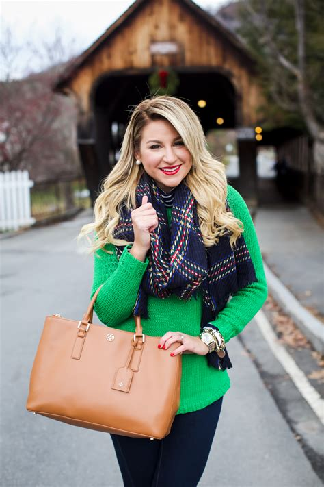 Outfit | Christmas Covered Bridge - SHOP DANDY | A florida
