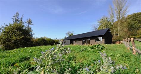 Eco-home projects to Passivhaus and AECB Energy