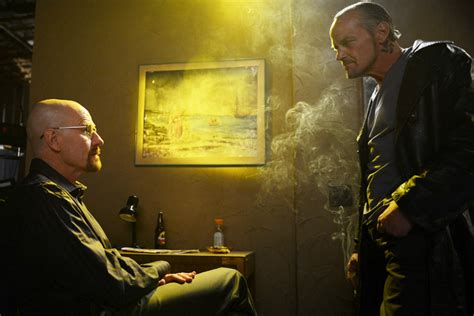 """The 10 most heart attack-inducing moments on """"Breaking Bad"""