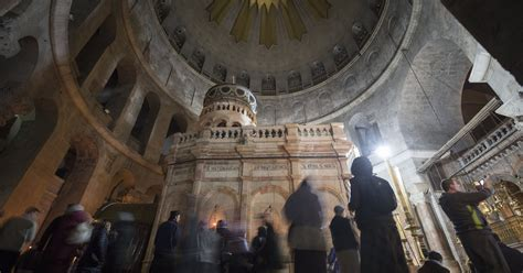 Jerusalem Church of the Holy Sepulchre reopens after tax spat