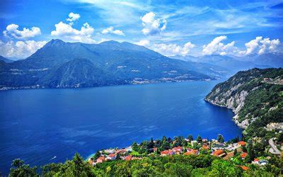 Download wallpapers Lake Como, summer, mountains, blue sky