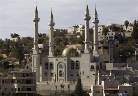 In Israel, an Arab village builds mosque with Chechen help